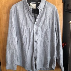 Men's 100% cotton button down shirt